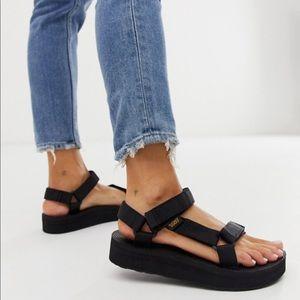 TEVA Midform Universal Sandals Black